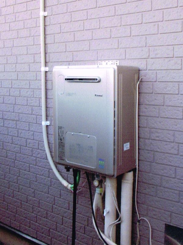 ガス給湯器のリフォーム(給湯暖房熱源機+浴室暖房乾燥機設置)3